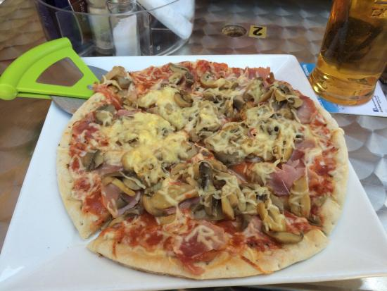 Legends Bar La Pineda : Home made food
