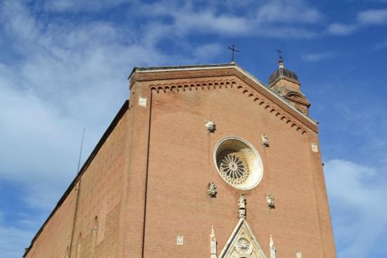 Basilica di San Francesco: facciata esterna