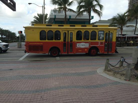 Sun Trolley: Trolley na orla de Las Olas