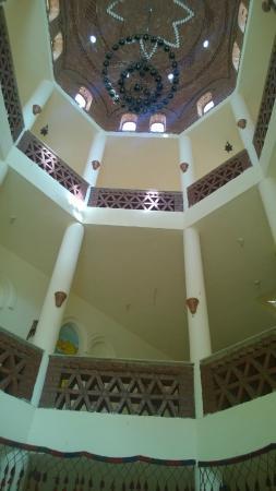 فندق شهرزاد: The Staircase/Landing