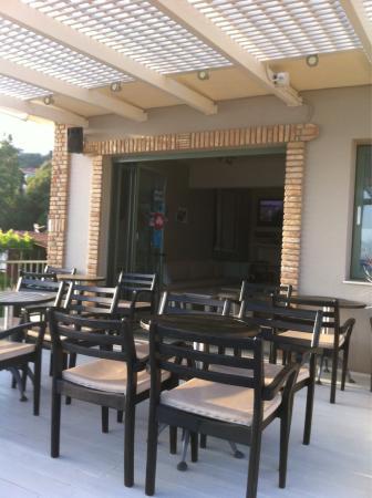 Seven Cafe Bar
