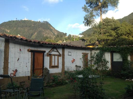 Hostal La Candelaria Bogota: VISTA A MONSERRATE