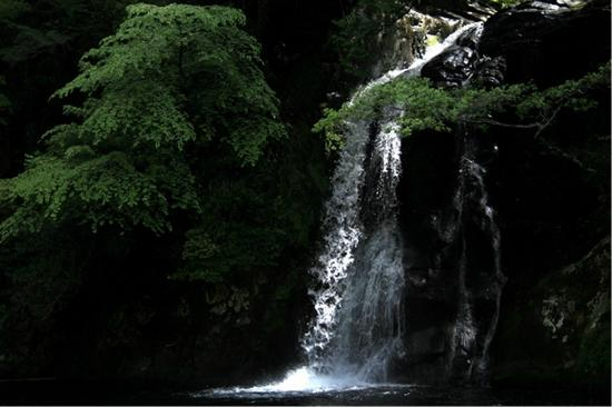 Fudeyabu no Taki Waterfalls