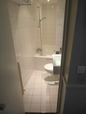Hotel Etoile Trocadero: Salle de bain