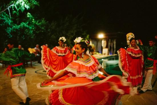 Pelican Eyes Resort & Spa: Folk Dances at our Cultural Nights