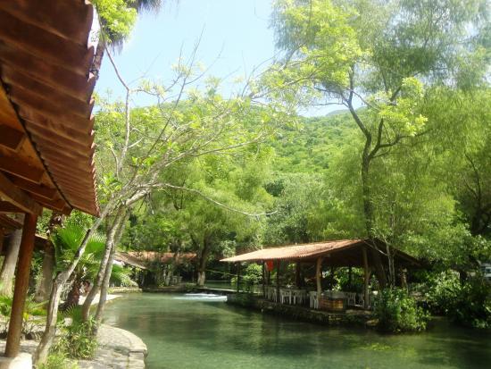 Balneario agua fr a villa de lvarez lo que se debe for Jardin de la villa colima