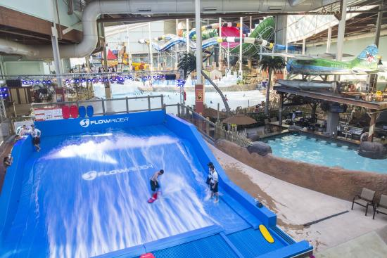 Camelback Lodge And Indoor Waterpark Largest In The Northeast
