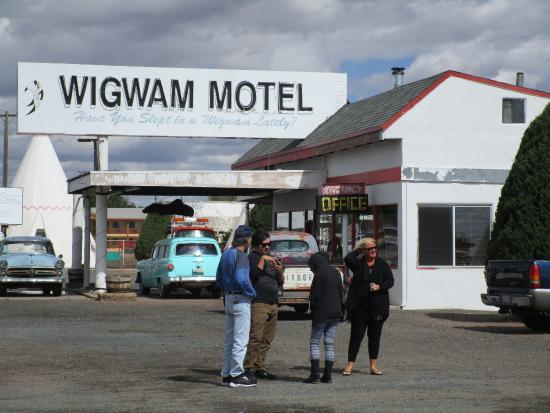 Wigwam Motel Signage & Office