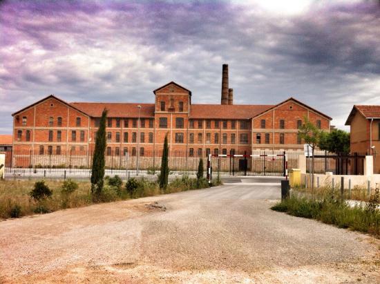 Site Mémorial du Camp des Milles : Quand une usine de briques se transforme en camp de déportation ...