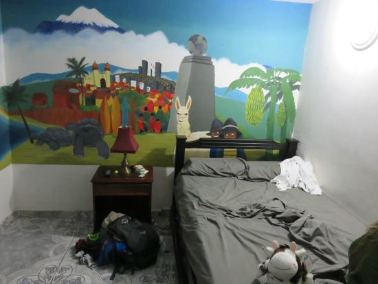 The Wandering Paisa : Ecuador room