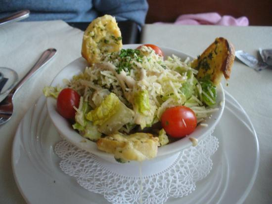 La Baguette French Bistro: caesar salad