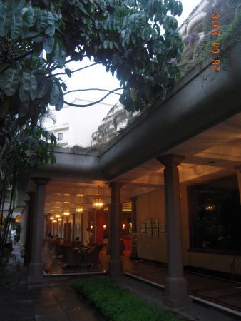 Rim Naam : Restaurante Rim - Hotel Oberei - Bangalore
