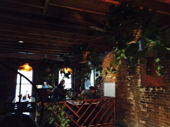 Bacchus Restaurant Bar & Billiards Foto