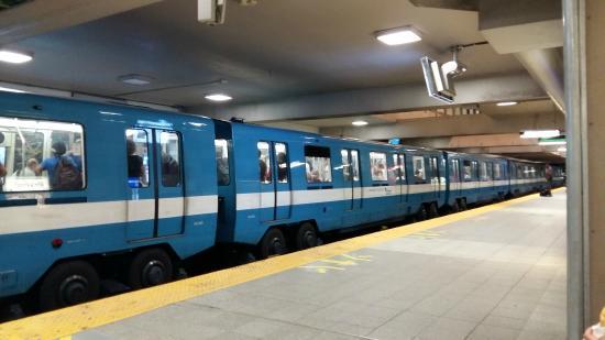 Le Simone: Metrô