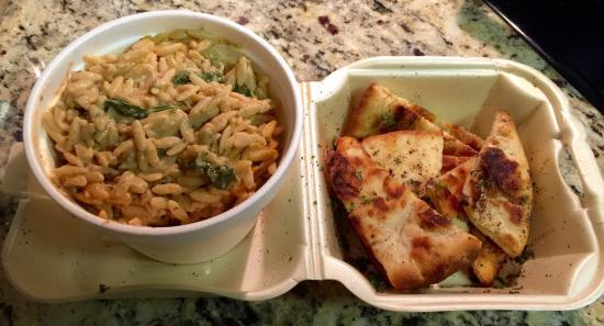 Mediterranean Sandwich Co.: Spinach-Tomato Orzo with pieces of toasted pita bread
