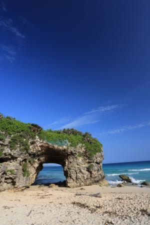 Miyakojima, Japan: 青空が映える砂山ビーチ