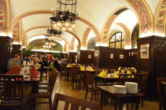 Auerbachs Keller Leipzig: Зал ресторана