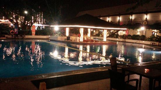 The Manila Hotel: Manila Hotel
