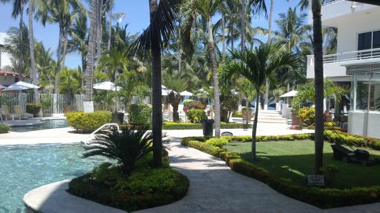 Picture of hotel real villas rincon de guayabitos for Hotel luxury rincon de guayabitos