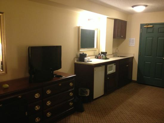 Country Inn & Suites By Carlson, Denver International Airport: 2 king suite