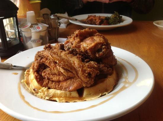 Addie Mae's Southern Kitchen : Fried chicken and waffles