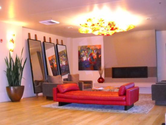 Юджин, Орегон: Hotel Lobby Ambiance!