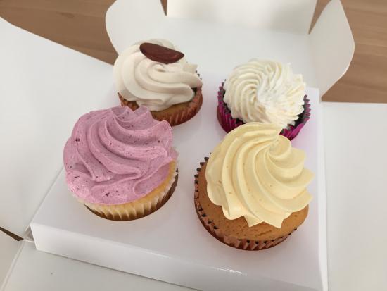 Rosette Cupcakes Picture Of Red Velvet Padua Tripadvisor