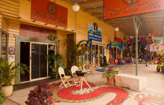 Nimbin, Austrália: A colourful entry