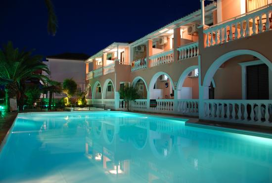 Eugenia Hotel & Apartments