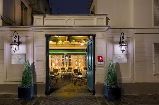 Hotel Duc de Saint Simon: entrée hotel