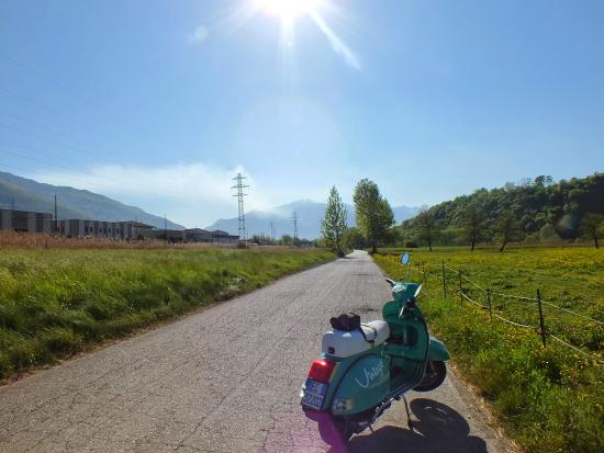 Tour in vespa, scooter e ciclomotori