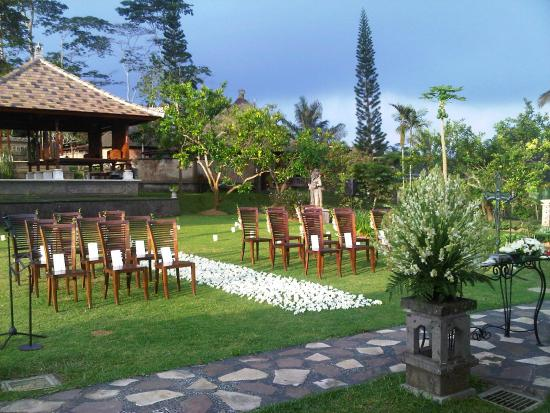 Bagus Jati Health & Wellbeing Retreat: Bagus Jati Wedding Ceremony Area