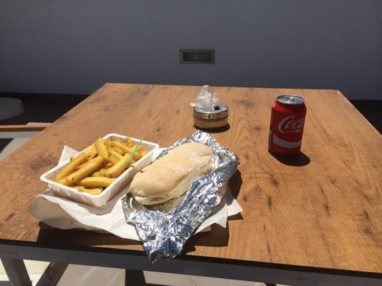 The Fresh Deli and Bakery : lovely chicken roll and homemade chips from fresh deli