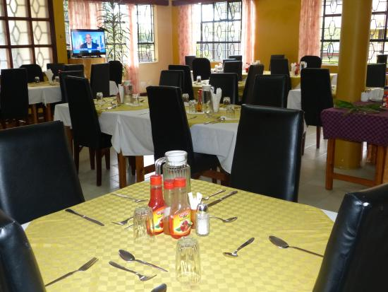 Biblica Guest House: Dining Room
