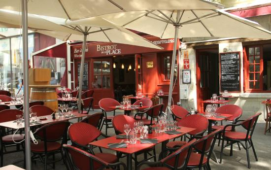 bistrot de la place saumur 16 place saint pierre restaurant avis num ro de t l phone. Black Bedroom Furniture Sets. Home Design Ideas