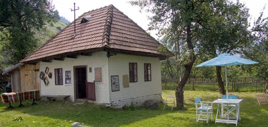Moieciu de Sus, Rumunia: Cabane exterieur