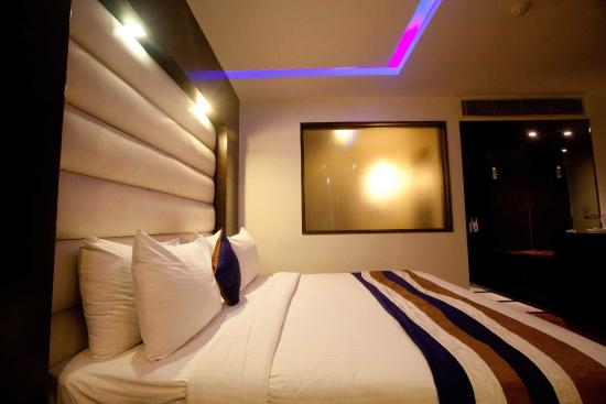 Oyo rooms near me with price