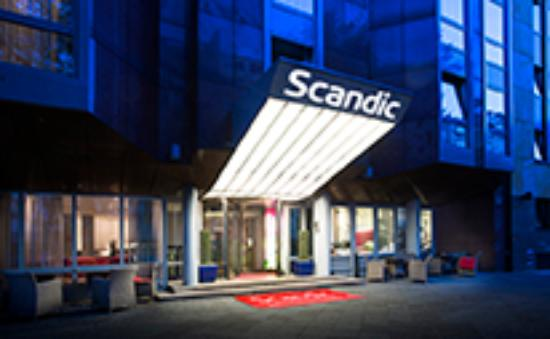 Scandic Berlin Kurfüerstendamm: Entrance