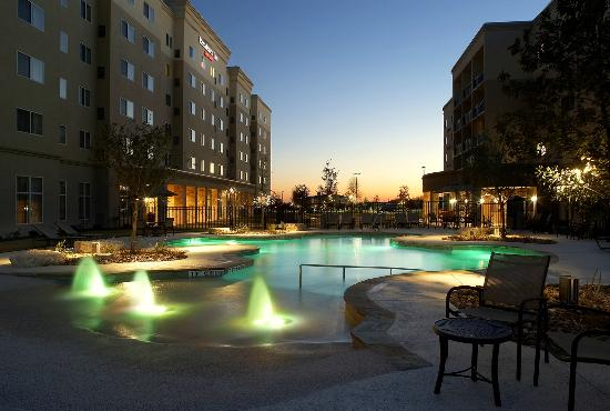 The 10 Closest Hotels to Six Flags Fiesta Texas San Antonio