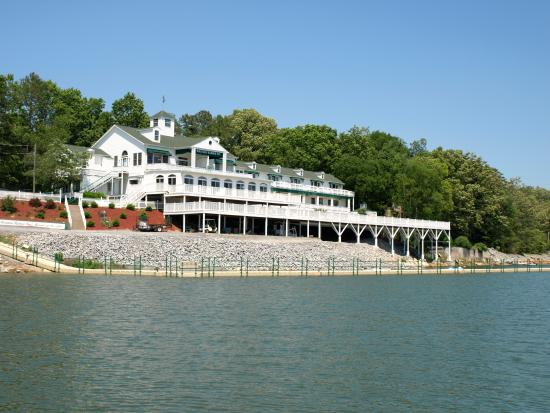 Mountain Harbor Inn Resort On the Lake