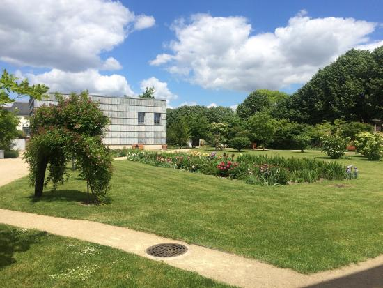 Picture of jardin botanique de tours tours for Boulevard jardin botanique