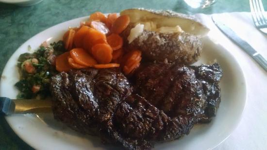 Eddie B's White Spruce Restaurant & Tavern: Ribeye w/ Baked Tater and carrots