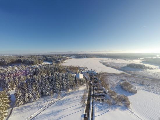 Allgäu-Hotel-Elbsee: Luftbild im Winter