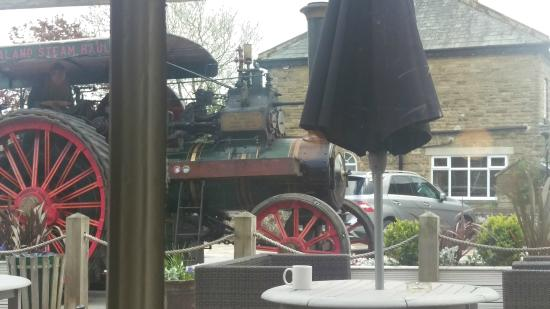 Smiths Arms: Steam Engine's driver called in for a Black Sheep!