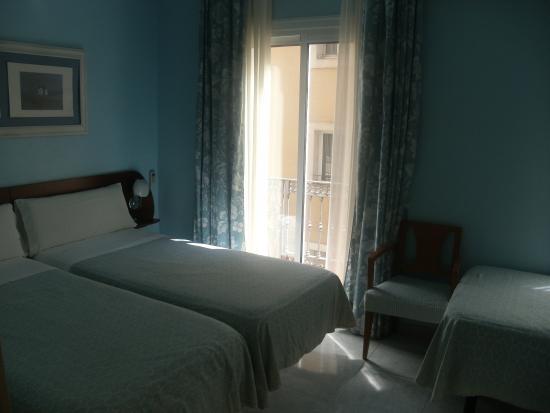 Hotel Marina Folch : stanza triple
