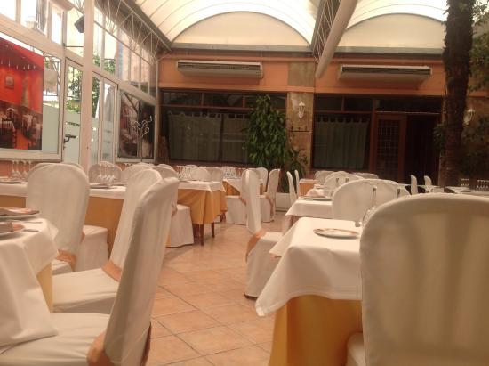 El Zaguan Restaurante: Comedor