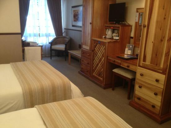 Luxury twin room tripadvisor for Boutique hotel 77 doors