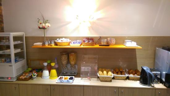 Hotel Bel Oranger Gare de Lyon : Breakfast