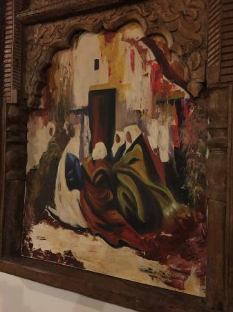 Auberge Oualidia Dream : tableau dans la salle à manger