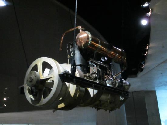Un Saut Dans L Histoire Des Voitures De Course Picture Of Mercedes